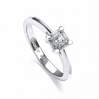 Swarovski Zirconia Claw Set Solitaire1ct Ring